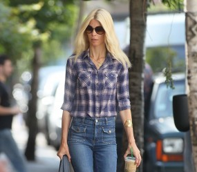 Claudia Schiffer Laid Back Look