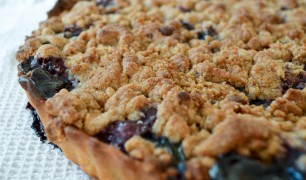 Botanical Baker Blackberry Crumble Tart
