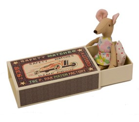 Maileg Mouse in a Box-Girl