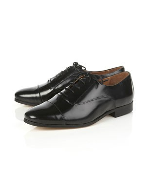Klue Black Brogues