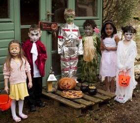 Snazaroo Halloween Party Lifestyle Image