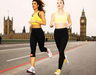 women running on westminster bridge