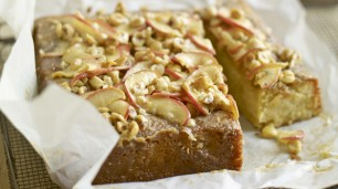 Pink Lady Apple Cake