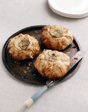 Cheese & Onion Puff Pies