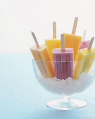 frozen-yogurt-pops
