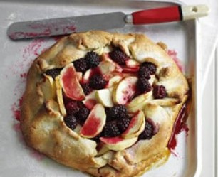 freeform blackberry and apple pie
