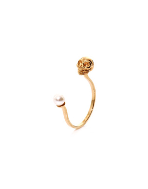 Delfina Delettrez Pearl and Yellow Gold Skull Ring
