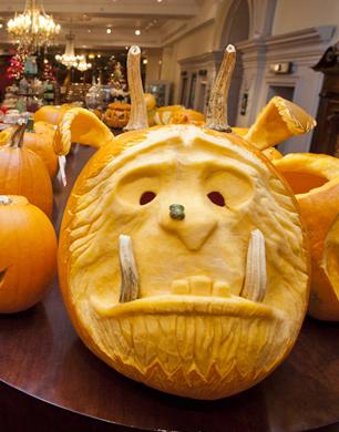 Fortnum & Mason Pumpkin Carving