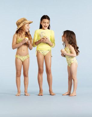 girls wearing Sunuva SS13 collection
