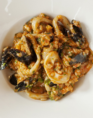 https://www.stylenest.co.uk/wp-content/uploads/2013/05/Seafood-Risotto.jpg