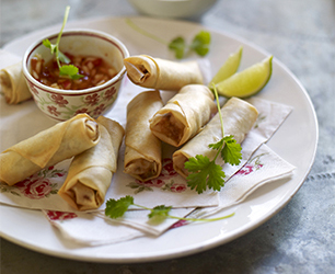 Pink Lady Apple, Prawn and Pork Spring Rolls with Apple and Sweet Chilli dip