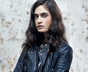 model wear black leather jacket