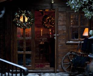 York & Albany Winter Cabin