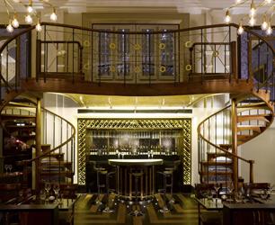 The Balcon restaurant and balcony