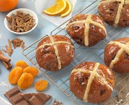 Spiced Chocolate Hot Cross Buns Featured