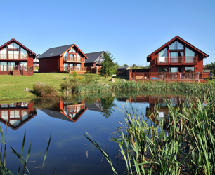 Retallack lodges on lake