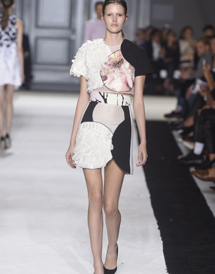 Giambattista Valli Paris Fashion Week SS15