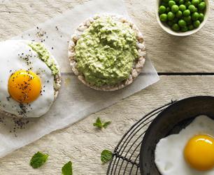 Pea Puree with Fried Egg