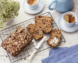 Cinnamon and Apricot Muesli Tea Loaf