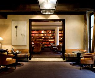 """hotel """"Le Pavillon de la Reine"""" Place des Vosges 75004 Paris / France"""