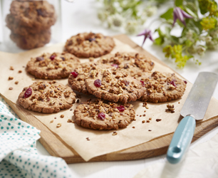 Peanut Butter and Granola Cookies