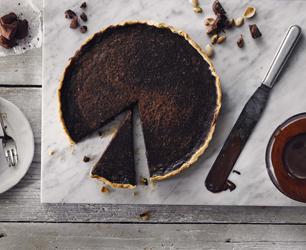 Pistachio Marooned Chocolate Tart
