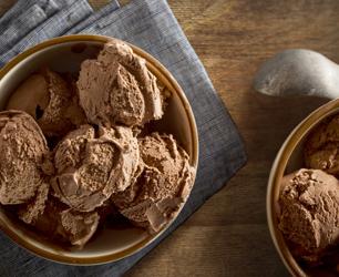 Feat-Chocolate-Ice-Cream
