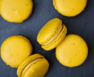 feat-coq-dargent-macaroons-lr