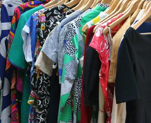 feat-dresses-53319_1280