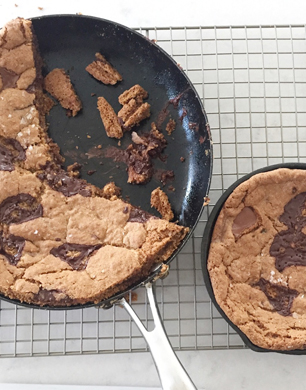 Giant chocolate chunk cookie with spelt and sea salt ...